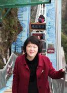 作家徐慧莉长篇小说《陌上花开,逆风飞翔》《迎春花儿红》出版